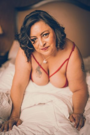 Djenah escorts in Renton and erotic massage